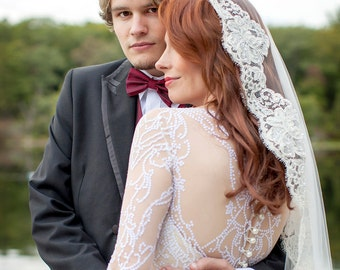 Wedding Veil - Wrist Length Vintage French  Beaded Alencon Lace Mantilla Veil