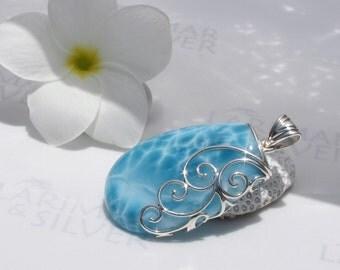 Larimarandsilver pendant, Aphrodite Treasure - deep blue Larimar drop, denim blue, turtleback, sapphire blue pear, handmade Larimar pendant