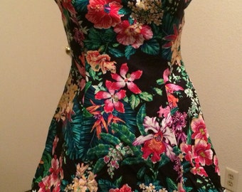 Vintage Floral Halter Dress Size 9