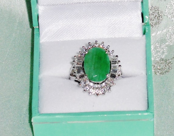 Make OFFER NATURAL 10 x 14mm  Columbian Emerald gemstone, 14kt white gold Ring size 6 3/4