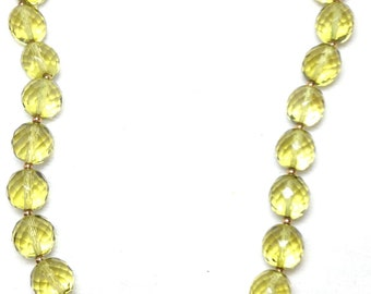 Joan Rivers Necklace // Green Glass Beads // Single Strand