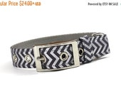 ON SALE Metallic Silver and Grey Chevron Dog Collar with Metal Buckle