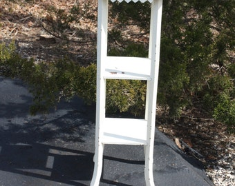 Vintage White Chippy Painted Wood Wooden 3 Tiered Accent Table Pedestal Side Table Rustic Distressed Beach Farmhouse Cottage French Country