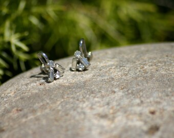 Screw Back Earrings, Vintage rhinestone earrings, bridal/wedding, fashion, jewelry, vintage jewelry, Valentine's Day, Easter