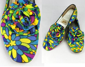 Flats Psychedelic MOD 60s Little Falls Shoes Flower Power low heel // Vintage Shoes by TatiTati Style on Etsy