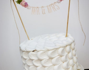 Wedding Cake Banner - Wedding Cake Topper - Mr and Mrs Cake Banner - Wedding Cake Topper: Blush w/ Rose Blooms