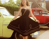 Mexican style vintage 1950s inspired black bustier with gold trim XS to XXL rockabilly VLV