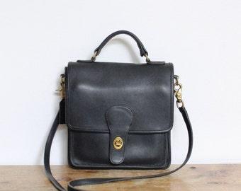 Vintage Coach Bag // Station Bag in Navy 5130  //  Black Leather Crossbody Bag Purse Handbag