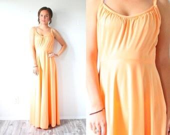 Vintage cantaloupe orange maxi dress // floor length formal dress // prom dress // ball gown // party dress / summer maxi dress / 70's dress