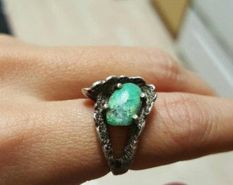 Sterling Ring Apple Green Stone Modern Abstract Size 5.5