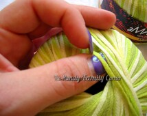 Corn Yarn: Batik (selfstriping) Yarn in greens Amazing Corn. Grass green. Multicolor.