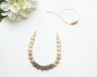 Stylish Ombre Silicone Teething Necklace Silicone Nursing Necklace, Breastfeeding Necklace, Teething Necklace, Nursing Necklace, Chewelry