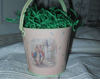Beatrix Potter Easter Candy Pail By Frederick Warne & Co. Vintage Easter Grass Pink Beatrix Pails Animals From Story Books Mint Green Inside