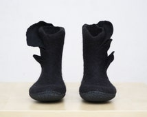 Felted Boots Black boots Ankle boots Women's boots Short boots Woolen shoes Valenki Winter boots Snow boots Handmade 100%wool Gift for her