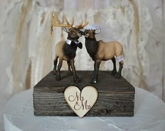 Elk wedding cake topper bride and groom Mr &Mrs hunting elk hunter camouflage themed rustic wood sign elk lover hunting groom country gun