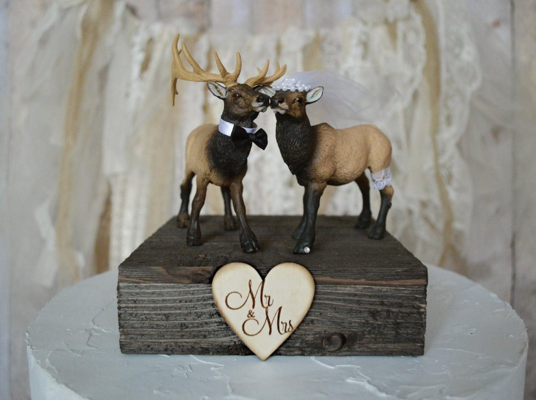 Elk wedding cake topper bride and groom Mr &Mrs hunting elk