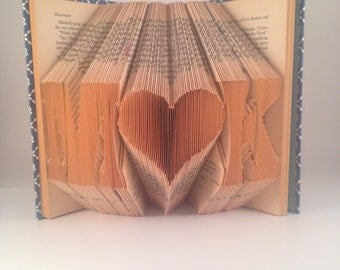 Heart initials folded book - Block Font