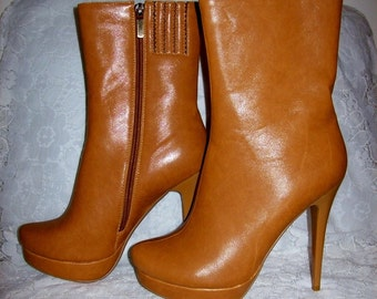 Vintage 90s Ladies Tan Leather Stiletto Boots by Italina Size 10 Only 12 USD