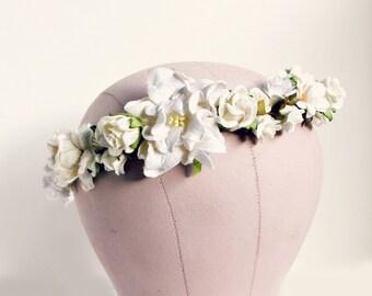 Creamy White Floral Crown, Woodland, white flower crown, Bohemian, boho floral crown,  bridal headpiece, autumn, fall wedding, ivory,