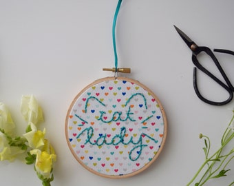 Cute Cat Lady embroidery hoop art/hand embriodery art/craft room wall art/funny quote embroidery/quote wall art/home decor/funky wall art