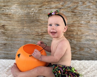 Beautiful Parley Ray Happy Halloween Trick or Treat Polkadots Ruffled Baby Bloomers Diaper Cover Ruffles