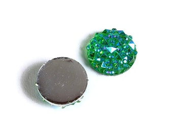 12mm Green AB round resin cabochon - Faux druzy cabochon - Faux drusy cabochon - Textured cabochons (1678) - Flat rate shipping