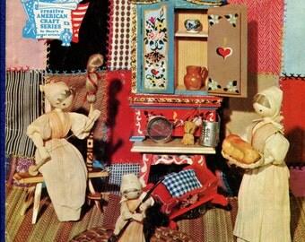 Vintage 1970's How to Make Cornhusk Dolls Pattern Booklet HA-13