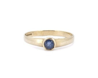 The Sapphire Bezel Ring - 9ct Gold Vintage Ring