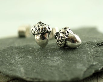 Acorn Stud Earrings - Cute Woodland Silver Posts