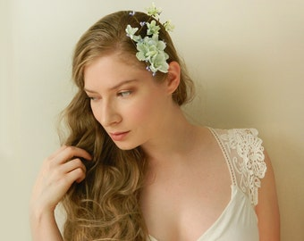Minty Bramble Clip - Bridal Flower Hair Accessory - Bride Bridesmaid Flowergirl - Woodland Wedding