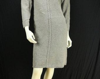 Vintage sweater dress Gray minimalist dress Cable knit long sleeve wool dress 90s casual dress Crew neck loose fit mini dress Knit clothing
