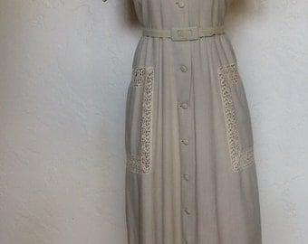 Vintage 1940's Pale Gray Linen & Lace Day Dress M