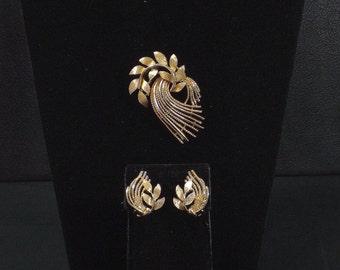 LISNER Brooch and Earring Set