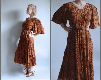 Bohemian Indian Cotton Gauze Kaftan Dress with Wing Sleeves 80s Midi Tent