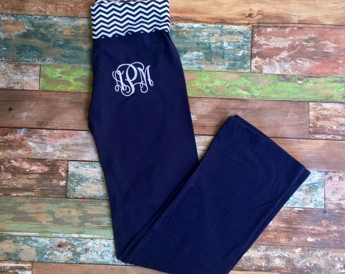 Monogrammed Yoga Pant, Yoga Pants, Chevron Yoga Pants, Monogrammed gifts, Bridesmaid gifts, Practice Pants, Personalized, Monogram gym pants