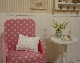 Mueble. Chair  for blythe pullip , 1:6 scale