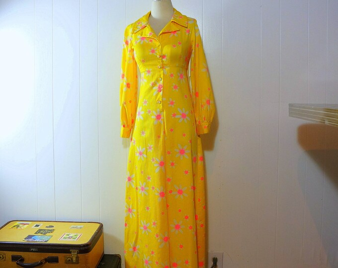 Neon Dress 1970s Maxi Hippie Dress XS Small Neon Pink & White Daisy Flowers Bright Yellow Cotton Floral Full Length Hawaiian Waltah Clarke