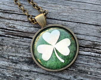 St. Patrick's day necklace, Irish jewelry, Shamrock jewelry, Shamrock keychain, Irish gifts for women, Irish necklace, Shamrock necklace