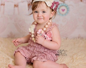 Dusty Rose Romper, Cake Smash Outfit Girl, Baby Girl 1st Birthday Outfit, Newborn Photo Outfit, Cake Smash Outfit, Lace Romper, Lace Rompers