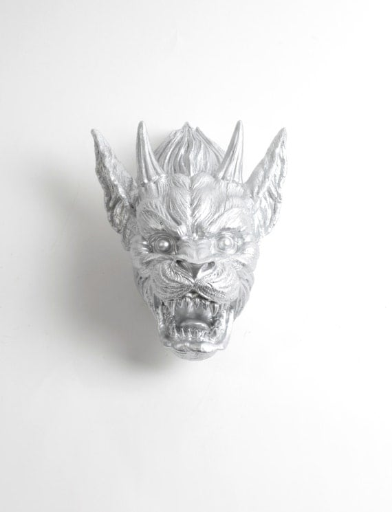 https://www.etsy.com/uk/listing/288994049/gargoyle-statue-in-silver-the-damian?ref=shop_home_active_15