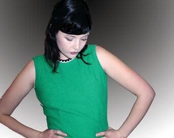 60s Kelly Green Sleeveless Shirt / Black and White Collar
