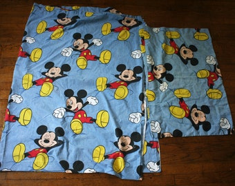 Vintage Walt Disney Mickey Mouse Bed Sheet And Pillowcase. 80s or 90s Disney Cartoon Collectible Twin Bed Sheet. Flat Sheet And Pillowcase