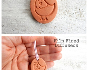 Kids Essential Oil Diffuser Necklace Handmade Ceramic Aromatherapy Terracotta Pendant Unglazed Kiln Fired Clay Jewelry Terra Cotta Chicken