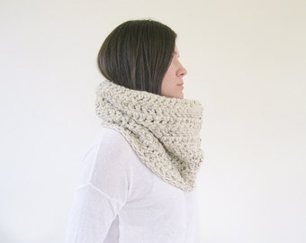 Cream Winter Scarf  | Chunky Scarf Crochet Cowl | Knit Infinity Scarf | Handmade Scarves | Gift Ideas for Her