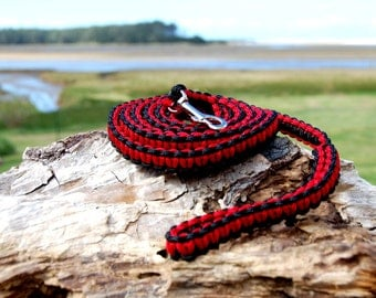 Custom Mini Paracord Dog Leash, Small Dog Leash, Choose Your Colors, Choose an Aircraft Aluminum Screw Lock Carabiner Instead of Snap