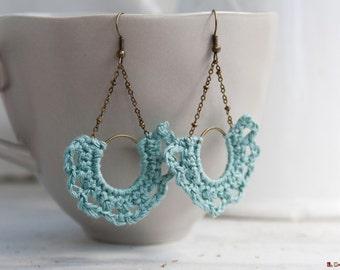 Half-moon Earrings | crocheted | turquoise linen