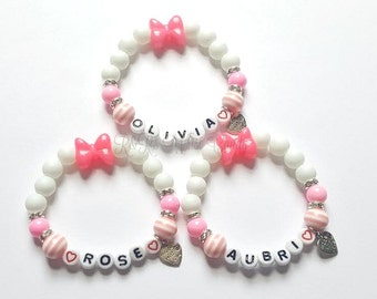 Personalized Bow Little Girl Bracelets,Name Bracelets, Bow Bracelets, Stretchy,Pink, Girls Gifts, Custom, Handmade, Beaded Jewelry