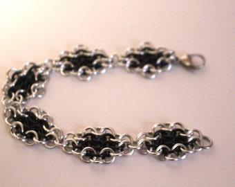 European 4 in 1 Chainmaille Bracelet | Hand Crafted Chainmaille Jewelry | Handmade Bracelet | Black and Silver | Anodized Aluminum