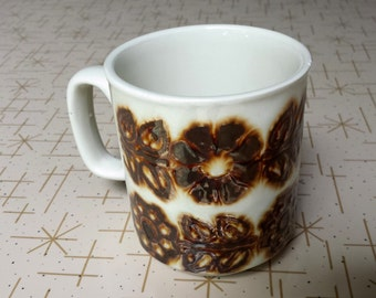 WP Mug Made in England Brown Flower Daisy Floral Vintage Coffee Cup