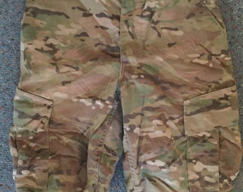 Digital Camo Cut Off Shorts (Size: Medium/Regular)